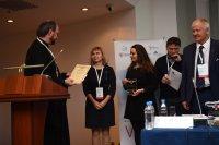Награждение лауреатов секции молодых учёных VII Съезда детских онкологов России с международным участием «Достижения и перспективы детской онкологии»