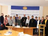 Александр Ткаченко встретился с членами ОП Крыма